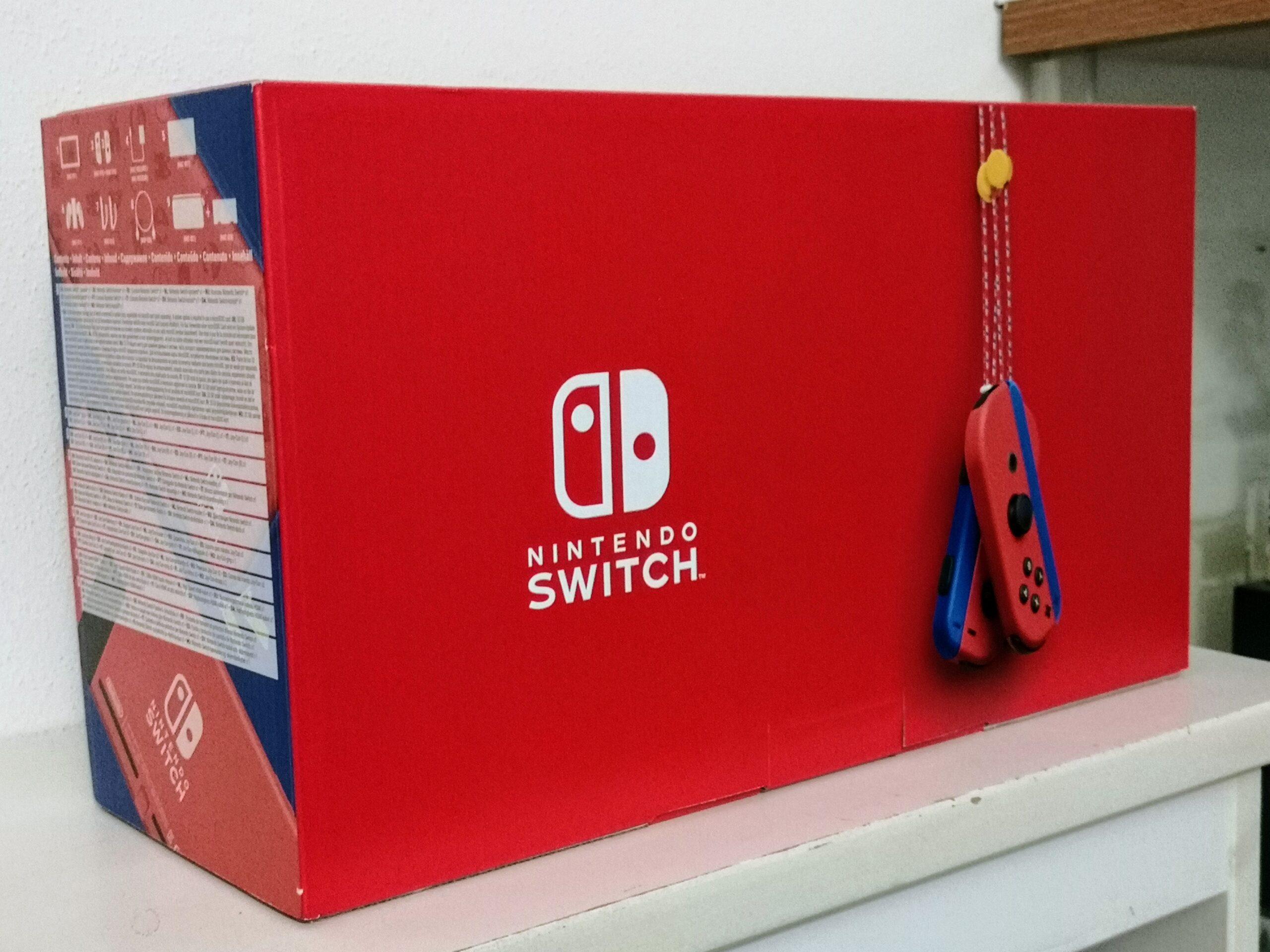 Nintendo Switch Mario Red & Blue Edition dettaglio retro confezione