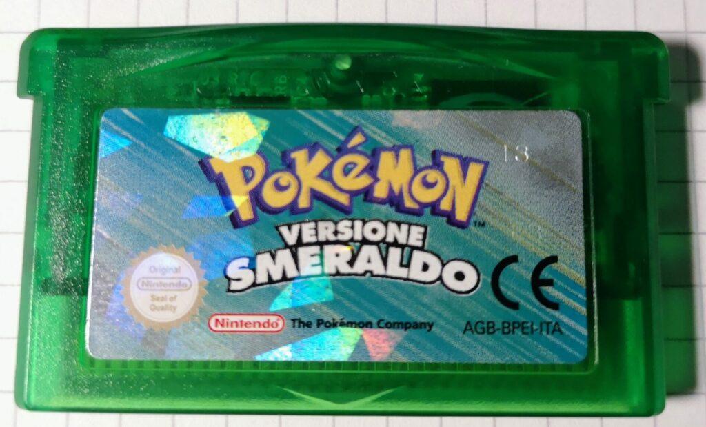 Dettagli frontale scheda di gioco Pokemon Versione Smeraldo