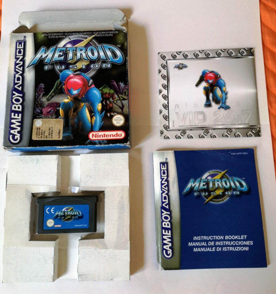 Metroid Fusion (2002 NIntendo Game Boy Advance), vista contenuto della confezione